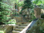 Alt text: 113 Highlands Way landscaped staircase